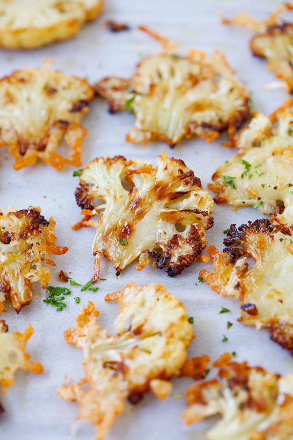 Oven Roasted Cauliflower with Garlic
